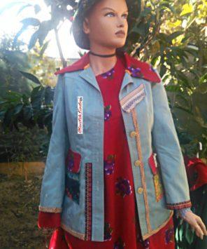 Bayanlar için otantik şalvarlar, otantik ceketler, pançolar OTANTIKKADIN.com sitesinde bulunuyor